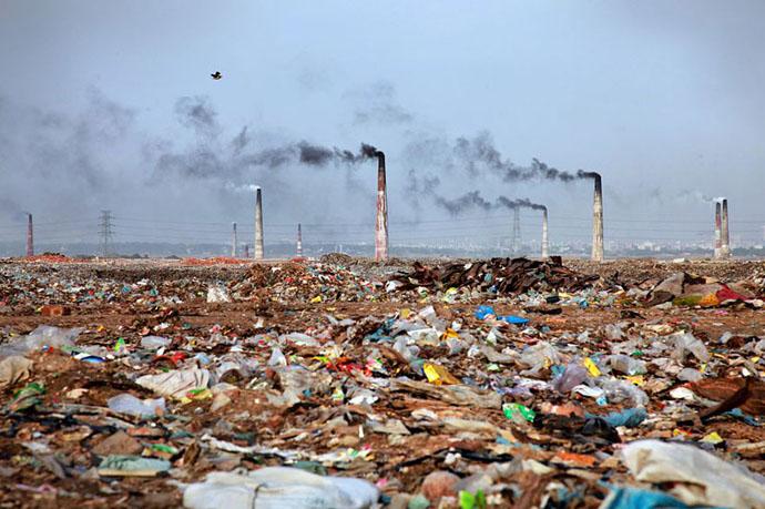 planet-pollution-overdevelopment-overpopulation-overshoot-12
