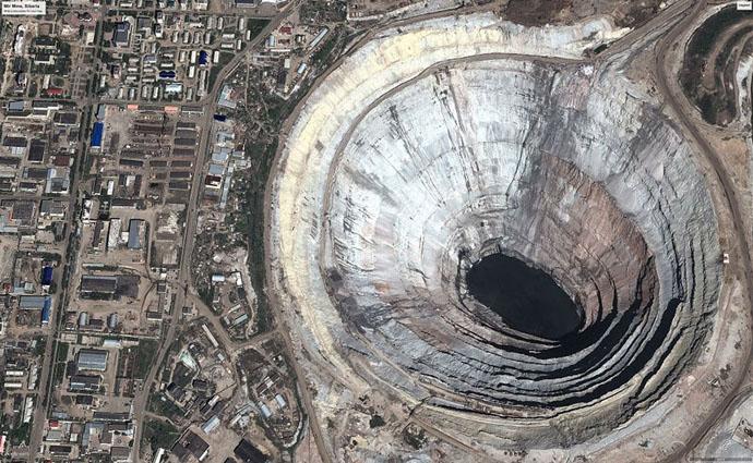 planet-pollution-overdevelopment-overpopulation-overshoot-17