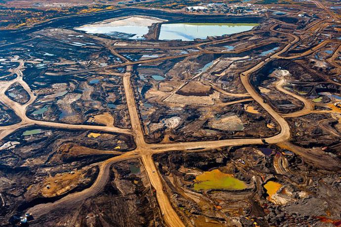 planet-pollution-overdevelopment-overpopulation-overshoot-2