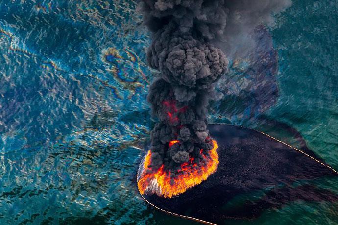 planet-pollution-overdevelopment-overpopulation-overshoot-5